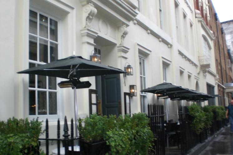 dean-street-townhouse_outdoor-terrace