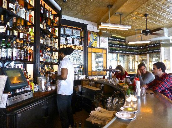 schiller-s-liquor-bar